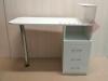 Маникюрный стол МС4