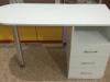 Маникюрный стол МС8
