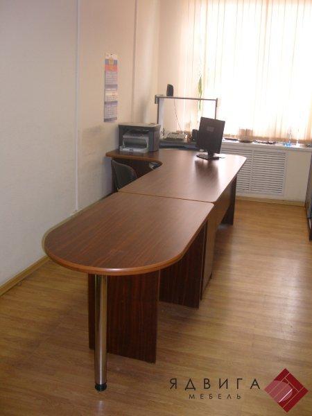 Стол секретаря с брифинг приставкой