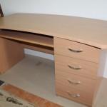 Комплект новой готовой офисной мебель по цене 23000 руб.